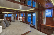Double Down Luxury Yacht Image 12
