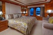 Double Down Luxury Yacht Image 15