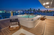 Double Down Luxury Yacht Image 25