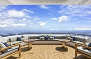 Broadwater Luxury Yacht Image 39